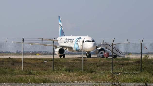 """Ägypter entführte """"aus Liebeskummer"""" ein Flugzeug (Bild: APA/AFP/STR)"""