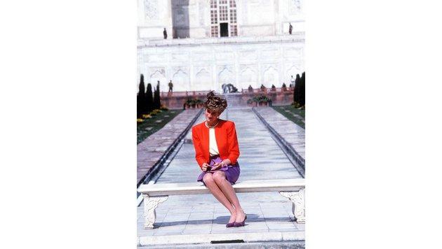 Prinzessin Diana vor dem Taj Mahal (Bild: Viennareport)