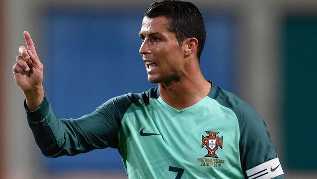 Cristiano Ronaldo führt Portugals EURO-Kader an (Bild: APA/AFP/FRANCISCO LEONG)