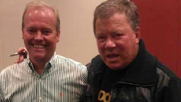 William Shatner mit seinem angeblichen Sohn, der jetzt 170 Millionen Dollar von dem Star fordert. (Bild: facebook.com)