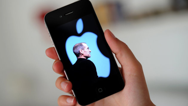 Angeblicher iPhone-Erfinder will 21 Mrd. US-Dollar (Bild: dpa/Julian Stratenschulte)