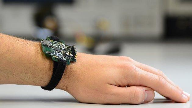Forscher entwickeln Mikroprozessor zum Selberbauen (Bild: ETH Zürich / Frank K. Gürkaynak)
