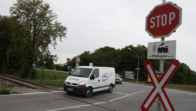 Fußgänger (48) von Triebfahrzeug erfasst - tot (Bild: Peter Tomschi (Symbolbild))