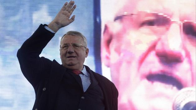 Seselj bei einer Veranstaltung in Belgrad (Bild: AP)