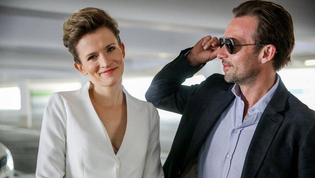 Adina Vetter (Sabine Herold), Lucas Gregorowicz (Bertram Selig) (Bild: ORF)