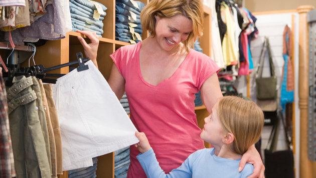 Sparen bei der Kleiderausstattung von Kindern (Bild: thinkstockphotos.de)