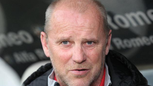 Deutscher Letzter Hannover feuert Trainer Schaaf (Bild: AP)