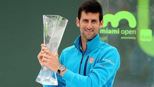 Novak Djokovic im Miami-Finale unantastbar (Bild: APA/AFP/GETTY IMAGES/MATTHEW STOCKMAN)