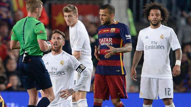 Real Madrid schockt Barcelona mit 2:1 in Unterzahl (Bild: AFP)