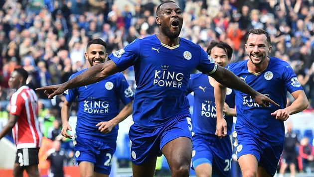 Wahnsinn! Leicester baut mit Fuchs Führung aus (Bild: APA/AFP/BEN STANSALL)