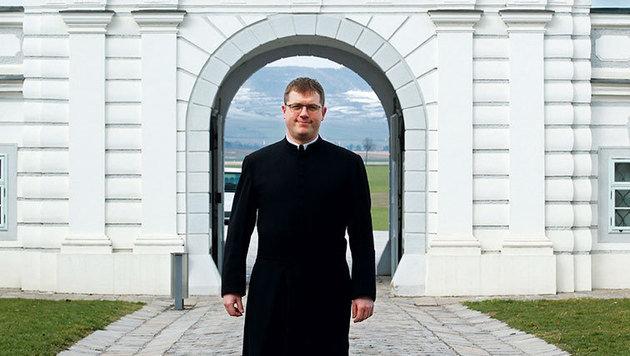 Kaplan Petrus ist im Stift für Tourismus zuständig. (Bild: Reinhard Holl)
