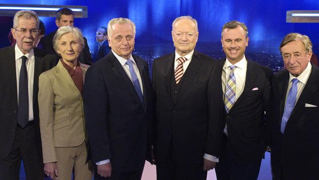 Die Hofburg-Kandidaten: Van der Bellen, Griss, Hundstorfer, Khol, Hofer, Lugner (v.l.) (Bild: APA/HANS PUNZ)
