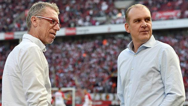 Peter Stöger (links) mit Jörg Schmadtke (Bild: GEPA)