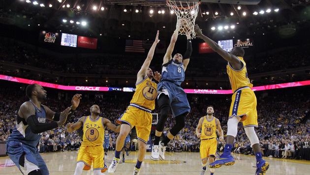 Erneute Heimniederlage der Golden State Warriors (Bild: AP)