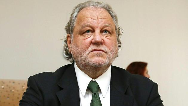Hannes Kartnig erneut auf der Anklagebank (Bild: APA/ERWIN SCHERIAU)