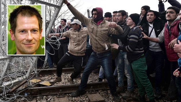Wiener Ex-Grünem drohen jetzt zwei Jahre Haft (Bild: APA/CHRISTIAN MONTES, APA/AFP/LOUISA GOULIAMAKI)