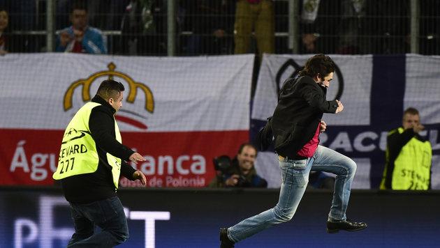 Champions-League-Flitzer kommt aus Österreich! (Bild: AFP or licensors)