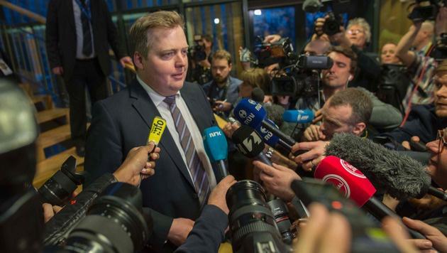 Sigmundur David Gunnlaugsson tritt als isländischer Premier zurück. (Bild: APA/AFP/HALLDOR KOLBEINS)