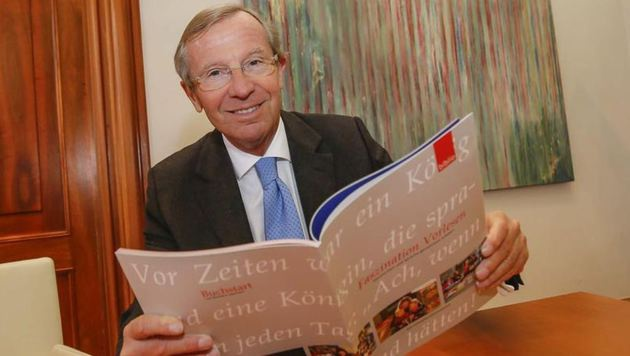 """War als Kind eine Leseratte: LH Wilfried Haslauer liebte Karl-May-Bücher, wie er der """"Krone"""" verrät. (Bild: Markus Tschepp)"""