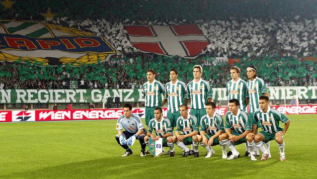 17.9.2009: Hofmann ist Kapitän der Mannschaft, die den HSV in der Europa League mit 3:0 paniert. (Bild: GEPA pictures)