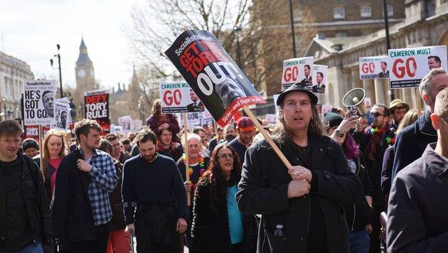 Panama Papers: Rücktritt von Cameron gefordert (Bild: AFP)