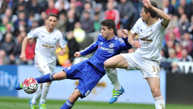 Swansea fügt Noch-Meister Chelsea 10. Pleite zu (Bild: AP)