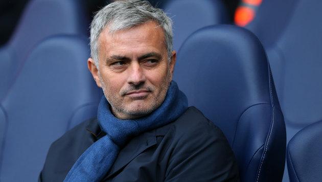 Jose Mourinho fasst Sperre & 16.000 £ Strafe aus! (Bild: GEPA)