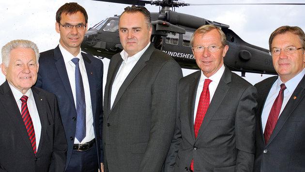 Landeshauptleute Josef Pühringer, Markus Wallner, Wilfried Haslauer und Günther Platter mit Doskozil (Bild: Büro Haslauer, APA/ROBERT JAEGER)