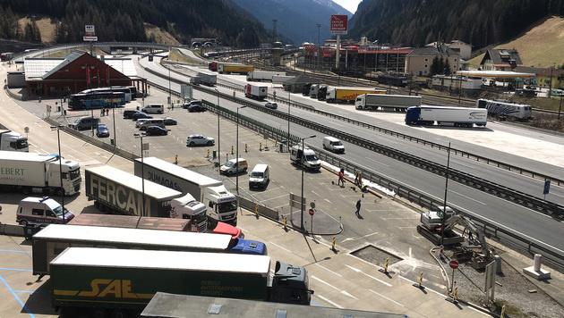 Bauarbeiten zum Grenzmanagement am Brenner (Bild: APA/ZEITUNGSFOTO.AT)