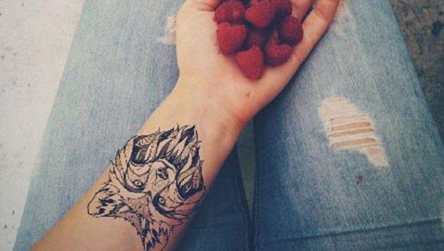 """Tattoo-App sucht euch perfektes Motiv (Bild: Bibamagazine.fr)"""