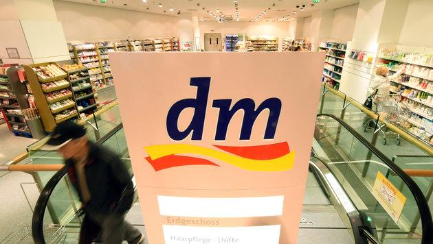 Drogeriekette dm ruft Hanfprotein-Pulver zurück (Bild: APA/dpa/unbekannt)