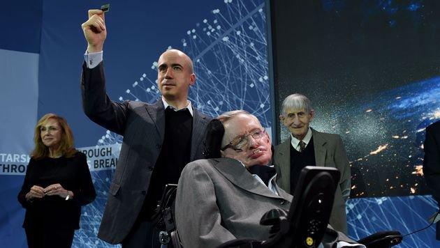 Stephen Hawking sucht mit Milliardär Leben im All (Bild: APA/AFP/Getty Images/Jemal Countess)