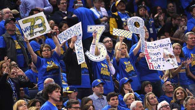 73. Sieg! Warriors stellen neuen NBA-Rekord auf (Bild: APA/AFP/GETTY IMAGES/Thearon W. Henderson)