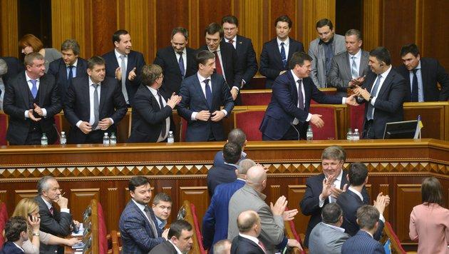 Groisman wurde vom ukrainischen Parlament zum neuen Regierungschef gew�hlt. (Bild: APA/AFP/GENYA SAVILOV)