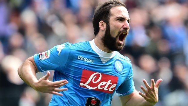Napolis Higuain darf nun doch gegen AS Roma ran! (Bild: APA/AFP/GIUSEPPE CACACE)