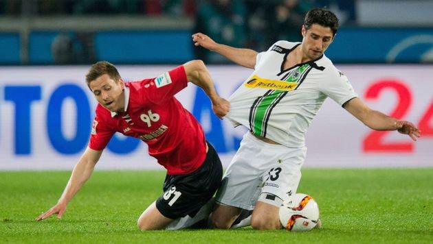 Peinlich! Gladbach verliert beim Letzten Hannover (Bild: APA/AFP/dpa/JULIAN STRATENSCHULTE)