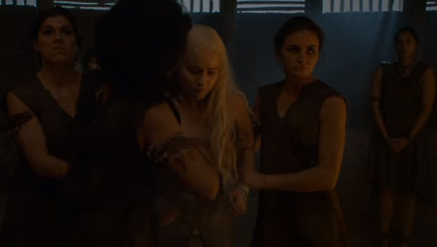 Demütigung für die Drachenfrau (Bild: HBO)