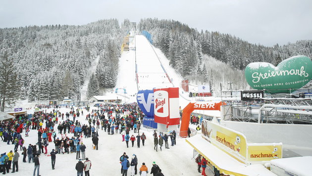 Kein Weltcup-Skifliegen am Kulm 2017 (Bild: APA/ERWIN SCHERIAU)
