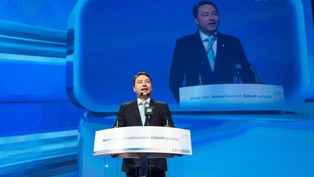 Harmonischer Parteitag der FPÖ Oberösterreich (Bild: APA/FOTOKERSCHI.AT)