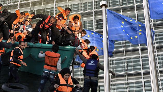 EU-Asylpolitik wird zum Millionengrab (Bild: krone.at-Grafik, APA/AFP/ARIS MESSINIS, thinkstockphotos.com)