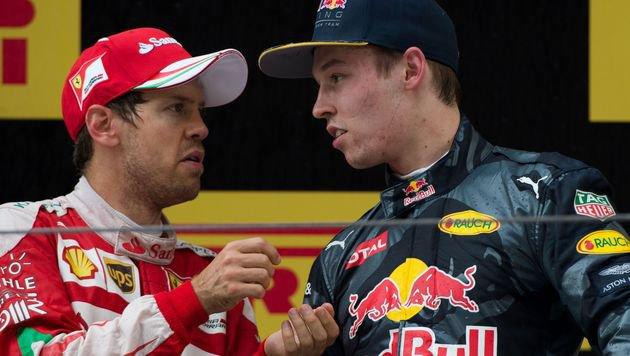 """Podiums-Zoff! Vettel geht auf """"Torpedo"""" Kwjat los (Bild: AFP)"""