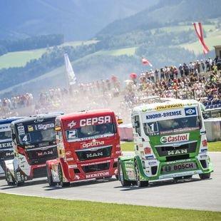 "1200 PS starke Trucks ""fliegen"" �ber Red Bull Ring (Bild: Philip Platzer/Red Bull Content Pool)"