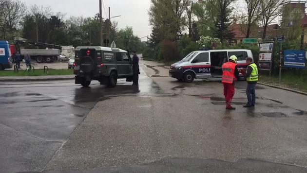 Fliegerbombe auf Baustelle in Wien ausgegraben (Bild: krone.tv)