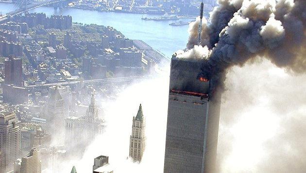Einer der Türme des World Trade Centers, kurz nachdem ein Flugzeug in das Gebäude geflogen war (Bild: ABC NEWS/HO/New York City Police/Ho)