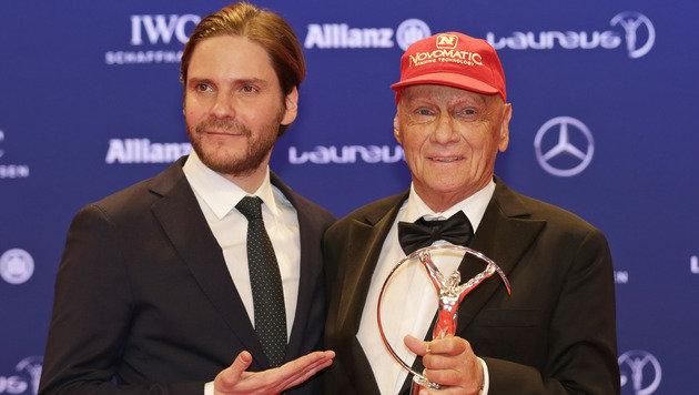 Daniel Brühl und Niki Lauda (Bild: AP)