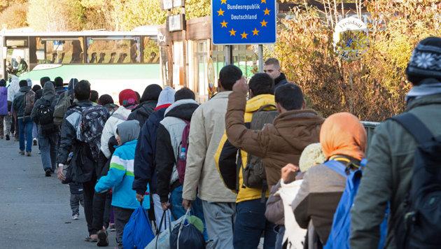Grenzkontrollen haben den Flüchtlingsstrom nach Deutschland stark reduziert. (Bild: DPA)