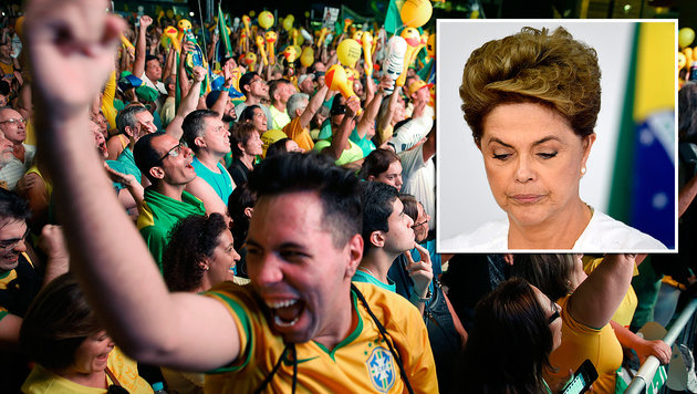 Regierungsgegner freuen sich �ber die Entscheidung des Unterhauses in der Aff�re Rousseff. (Bild: ASSOCIATED PRESS, APA/AFP/EVARISTO SA)