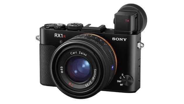 Beste Vollformat-Kompaktkamera: Sony Cyber-shot RX1R II. Preis: ab rund 3280 Euro. (Bild: Sony)