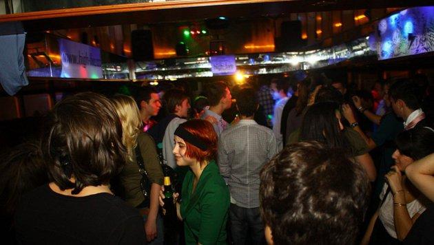 """""""Einst Party-Spot, jetzt versandeltes Schiffswrack (Bild: Heimfest.at)"""""""
