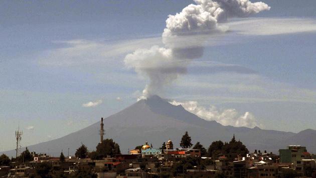 Vulkanische Aktivität am Popocatepetl (Oktober 2015) (Bild: APA/AFP/J. Guadalupe Perez)